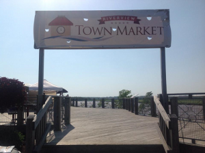 Riverview Town Market Sign